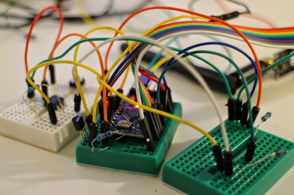 Simple Low Voltage Disconnect Circuit for Arduino - Home