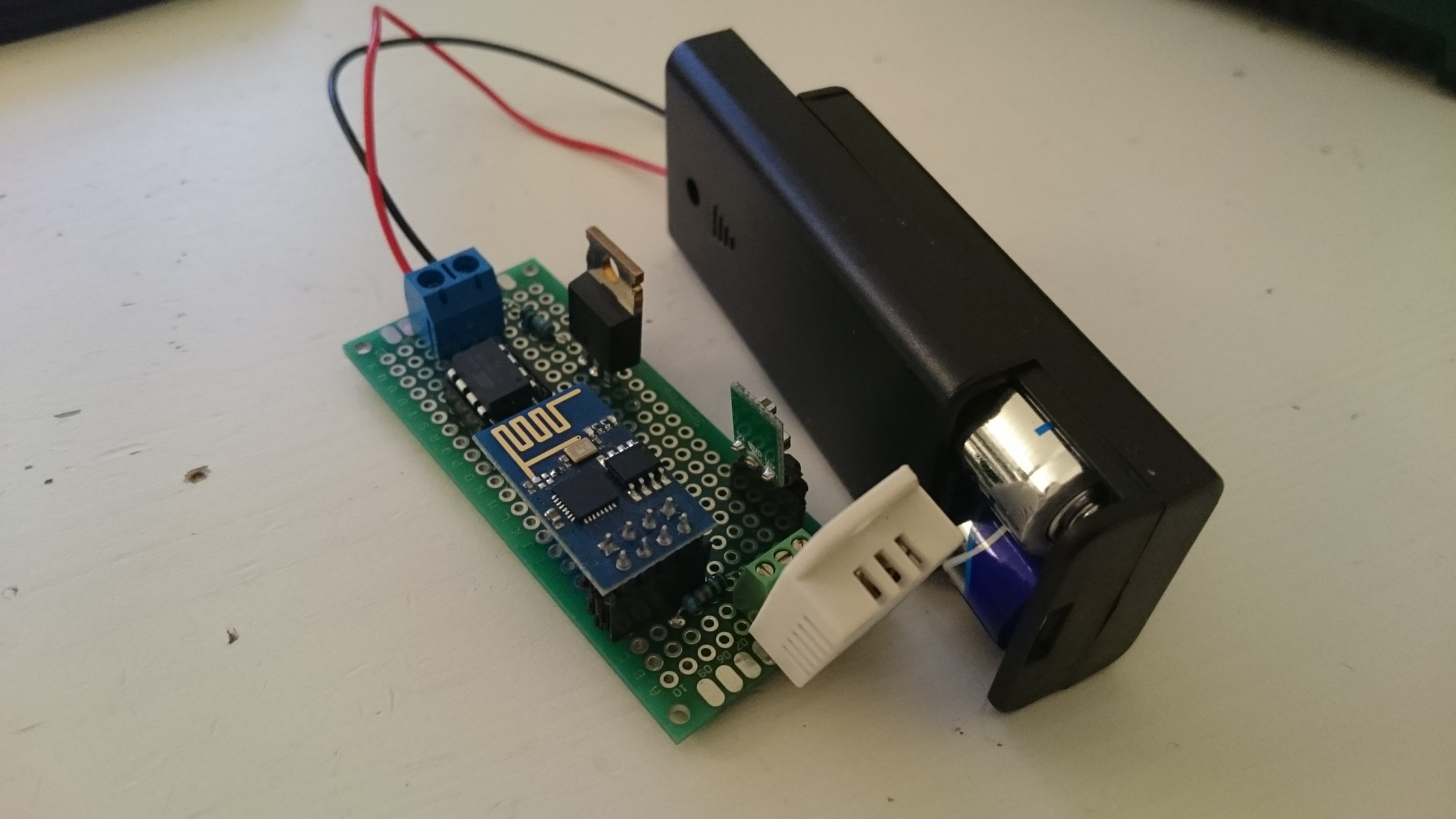 Battery Powered Esp8266 Iot Temperature Sensor Home Circuits Backup Switch With Mosfet Dht4 Dht3