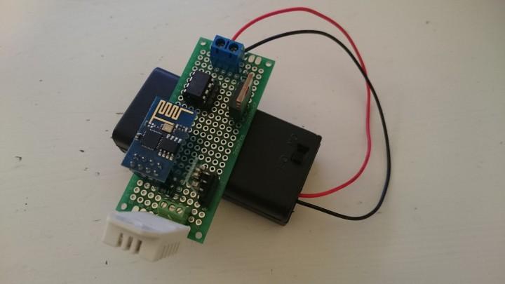 ESP8266 battery DHT5